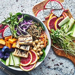 img-Locally-sourced-nutrition-packed-flavorful-salads